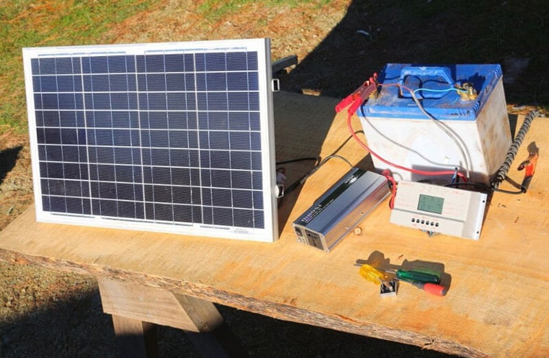 How to Select the Finest Solar Panel or Solar Charger for Camping - solar power charger best for camping