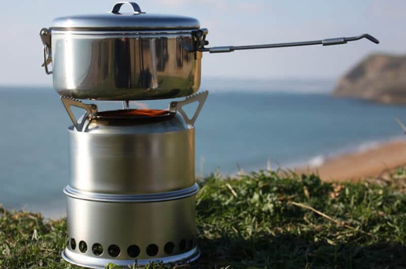 camping stove - best lightweight camping stove