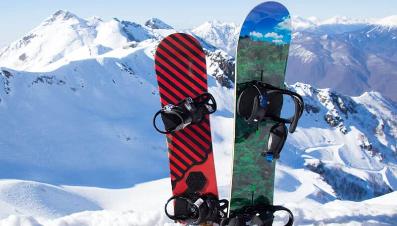 FACTORS TO CONSIDER WHEN CHOOSING THE BEST SNOWBOARD