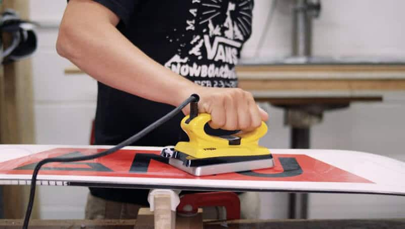Snowboard Wax Buying Guide