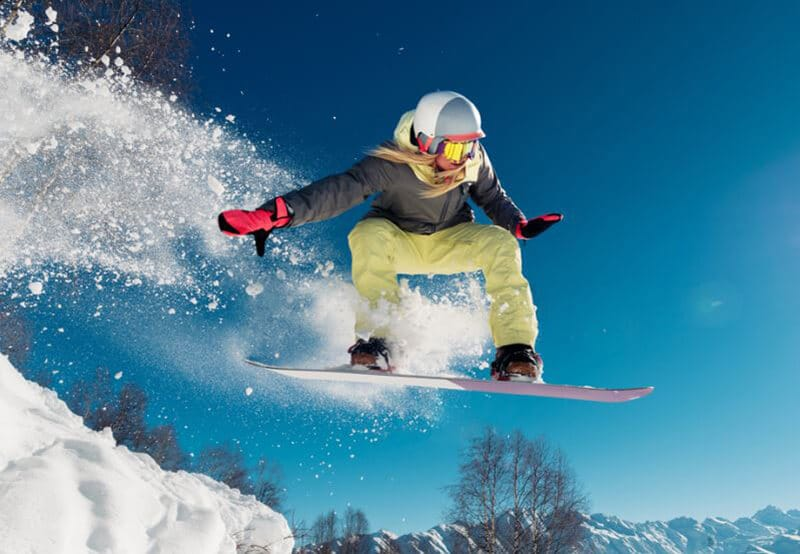 Top 11 Best Freeride Snowboard 2020 Review