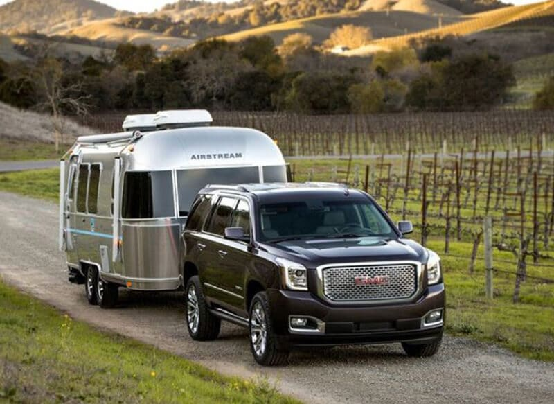 Top 15 Best SUV For Towing A Travel Trailer 2020 Review [New]