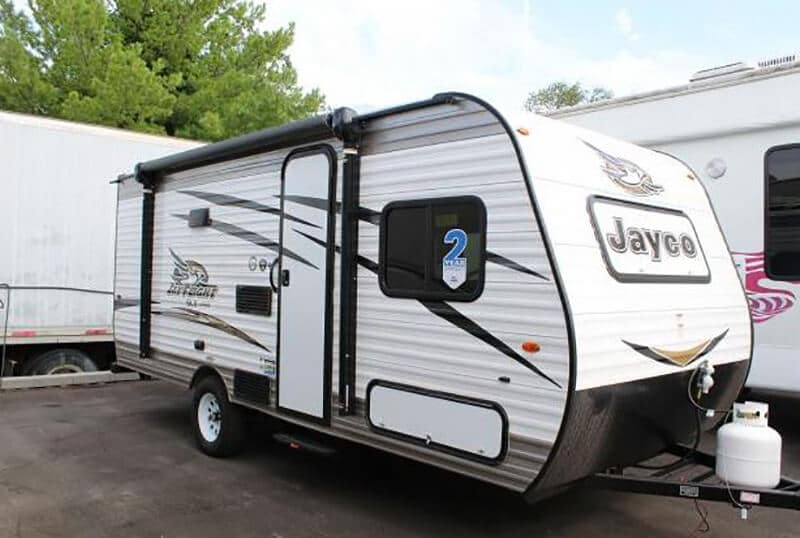 Top 15 Best Travel Trailers Under 4000 Lbs 2020
