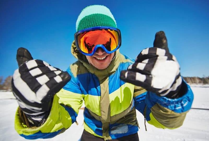 Top Best Snowboarding Gloves Brands