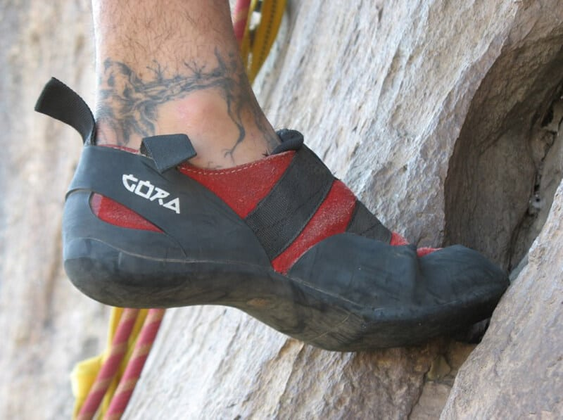Types of Climbing Shoes - best all around outdoor rock climbing shoes for men