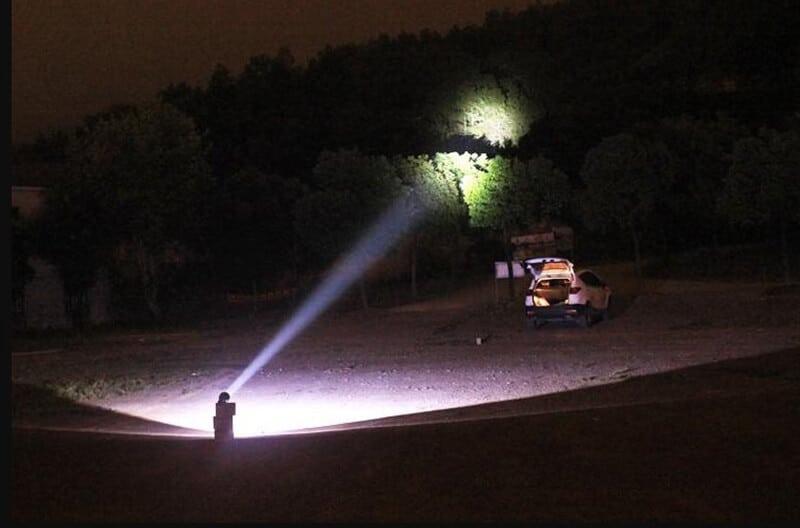 Types of Spotlights - best spotlight for varmint hunting