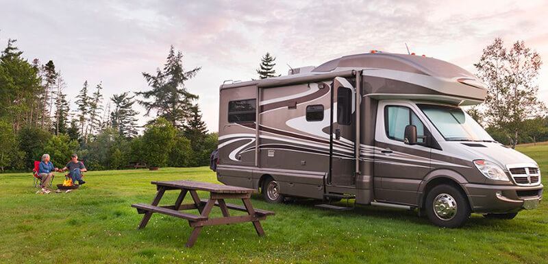 What Makes a Travel Trailer Great For a Retired Couple - best travel trailer for retired couple under 30 feet