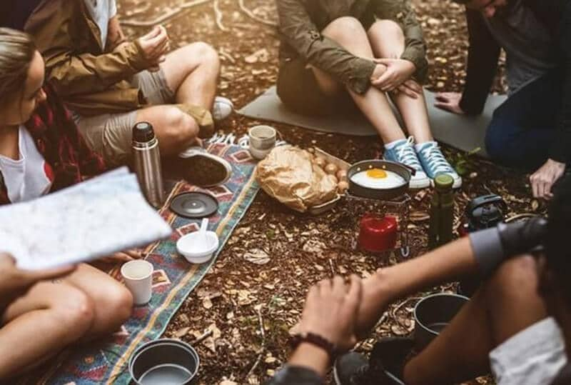best camping snacks - best snacks for hiking or camping