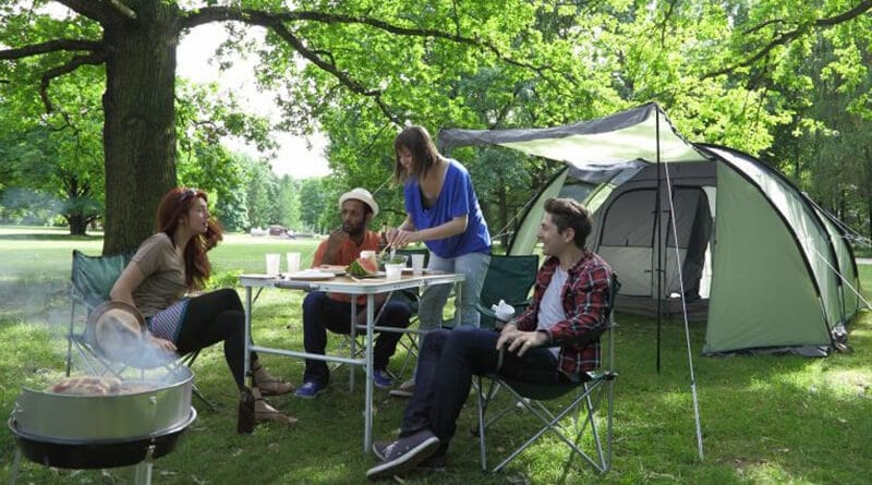 camping table - best table light for camping