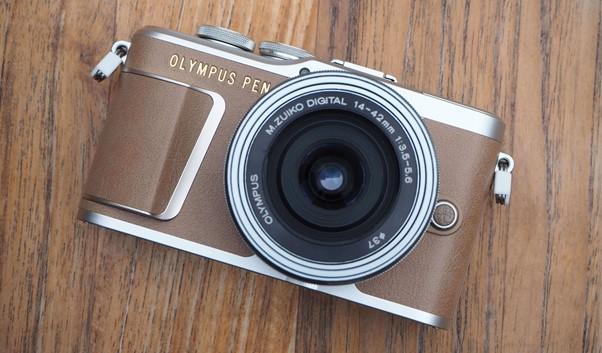 outdoors cameras under 200 Olympus PEN E-PL9