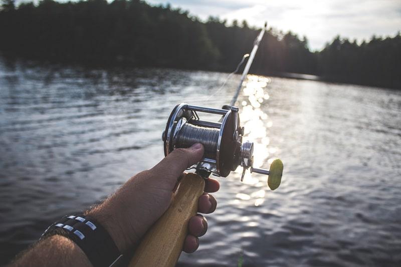 fishing with baitcasting reel