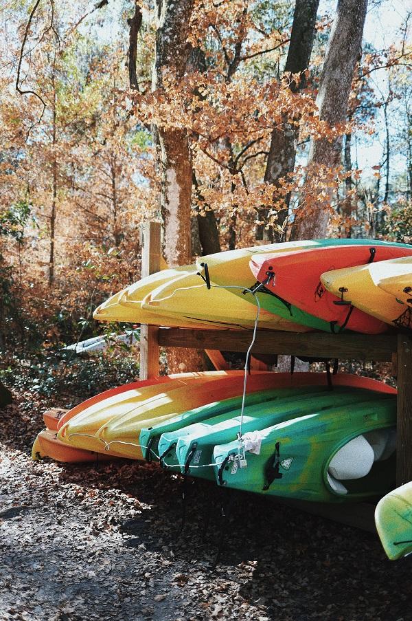 outside storage rack for kayaks