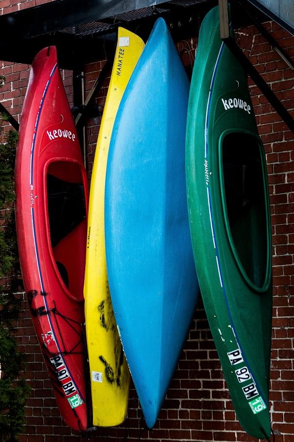 roof mounted outdoor kayak storage rack