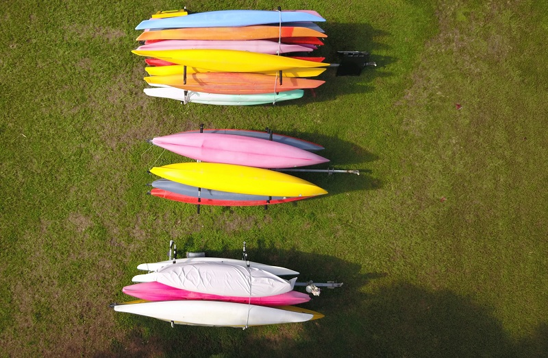 solution to store kayaks outdoors
