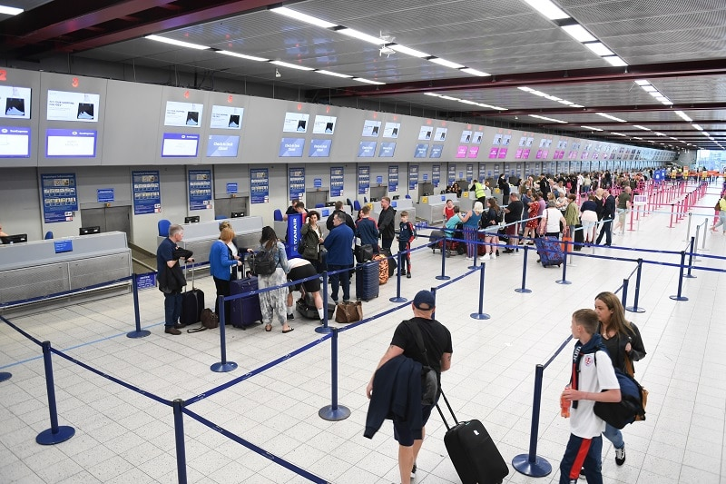 secrets about air traveling arrive at airport early