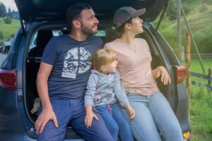 8 Tips To Keep In Mind While Taking Road Trips With Kids