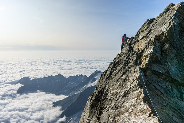 Top Climbing and Hiking Spots in 11 Destinations Around the World