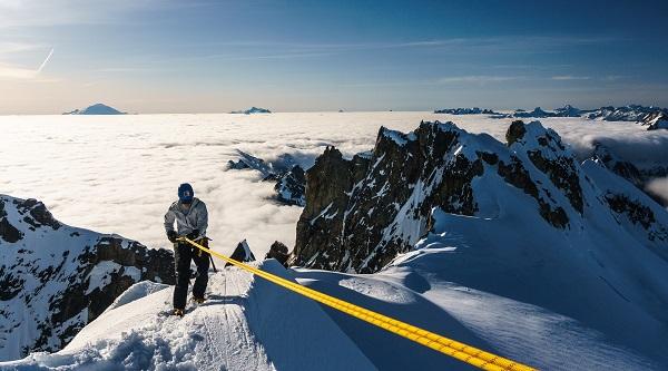 north cascades national park alpinist climbing