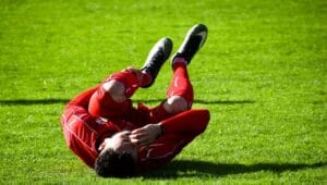 7 useful tips on how to handle a sports injury