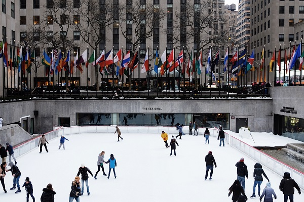things to do when visiting New York during winter ice skating